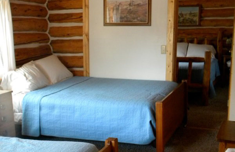 Cabin bedroom at Trail Shop Restaurant and Inn.