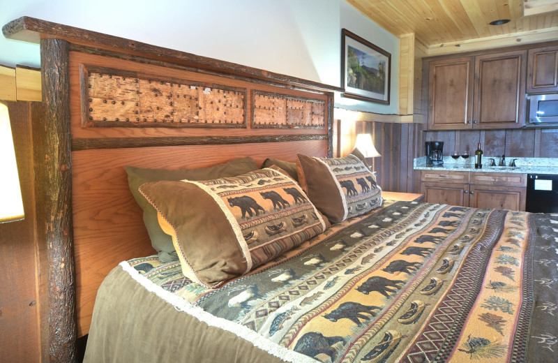 Guest bedroom at The Lodges at Cresthaven on Lake George.