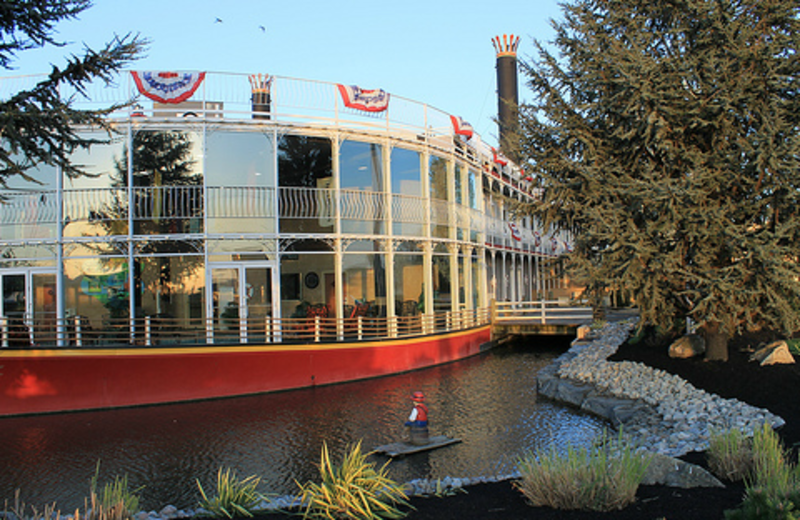 Exterior View of Fulton Steamboat Inn