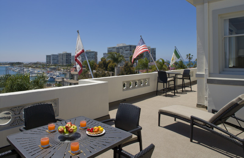 Penthouse suite deck at Glorietta Bay Inn.