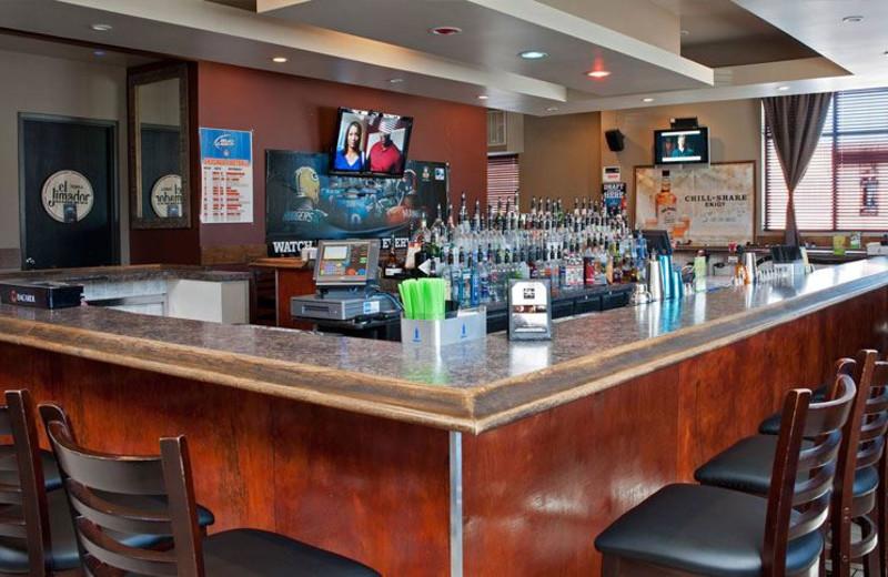 Bar at Chicago South Loop Hotel