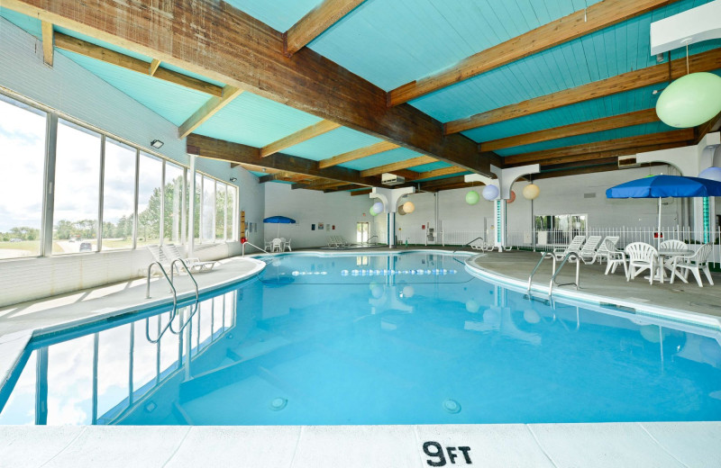 Indoor pool at America's Best Value Inn - Benton Harbor.