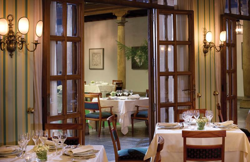 Dining at Hotel de la Reconquista.