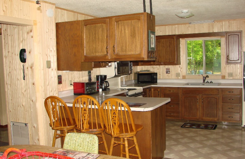 Vacation rental kitchen at Hollywood's Resort.