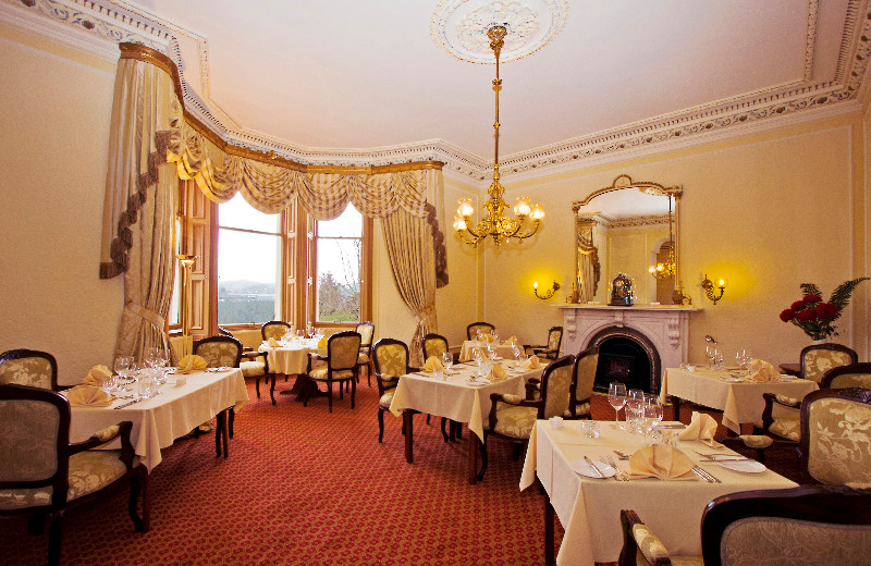 Dining at Mansfield House Hotel.