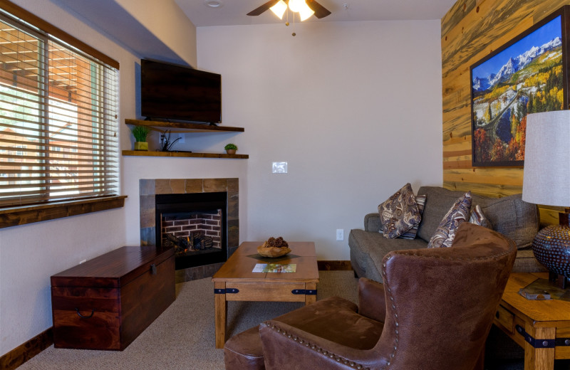 Guest living room at Fall River Village Resort Condos.