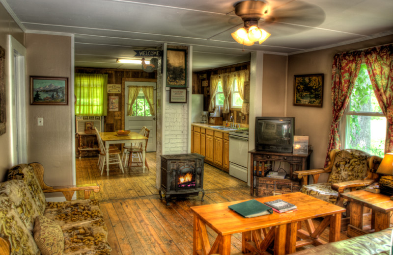 Rental living room at Hidden Creek Cabins.