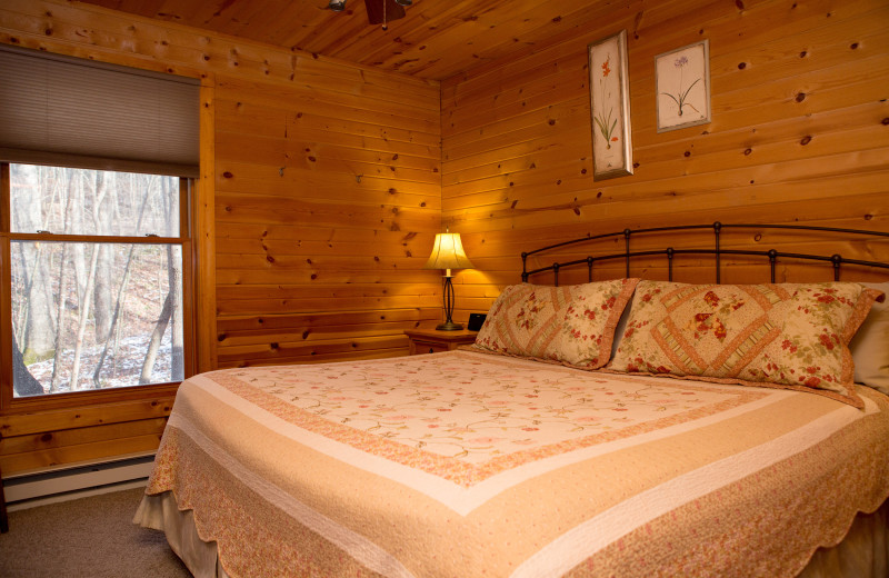 Cottabe bedroom at Harvest Moon Cottages.