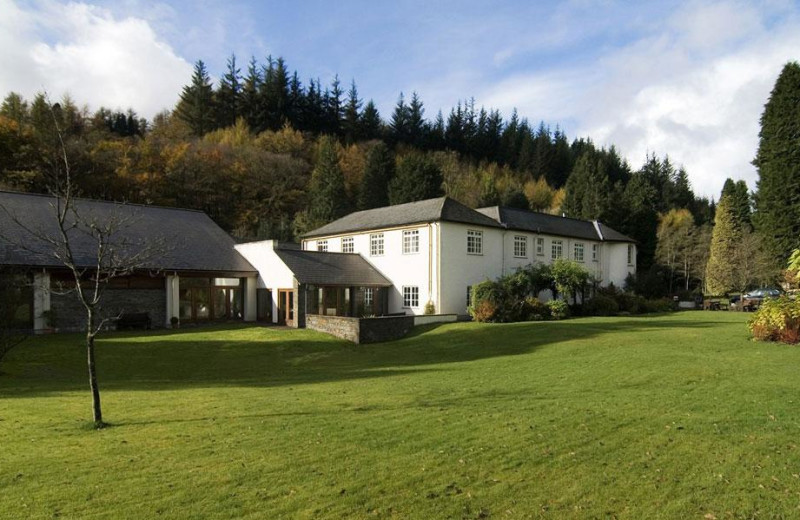 Exterior view of Nant Ddu Lodge.