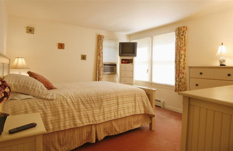 Guest Room at Wells-Ogunquit Resort Motel
