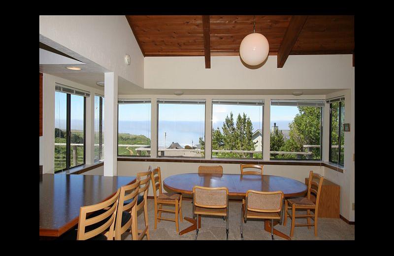 Rental dining room at Irish Beach Rental Agency.