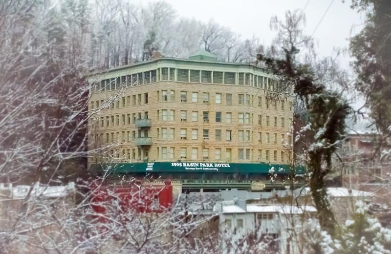Winter exterior at 1905 Basin Park Hotel.