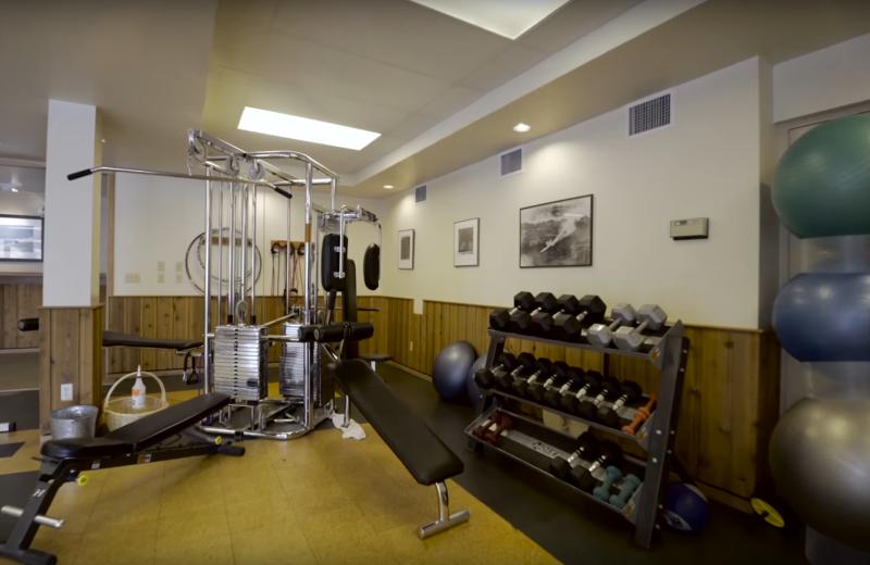Fitness room at Cariboos Lodge.