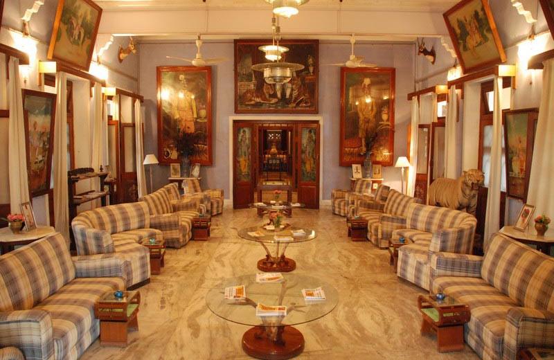 Lobby at Bhanwar Vilas Palace.