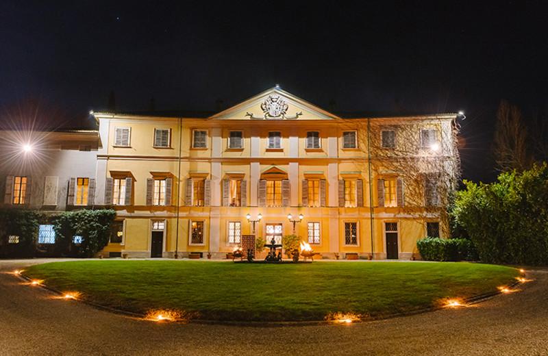 Exterior view of Villa Tavernago.