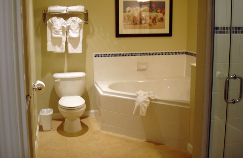 Guest bathroom at Wyndham Oceanside Pier Resort.