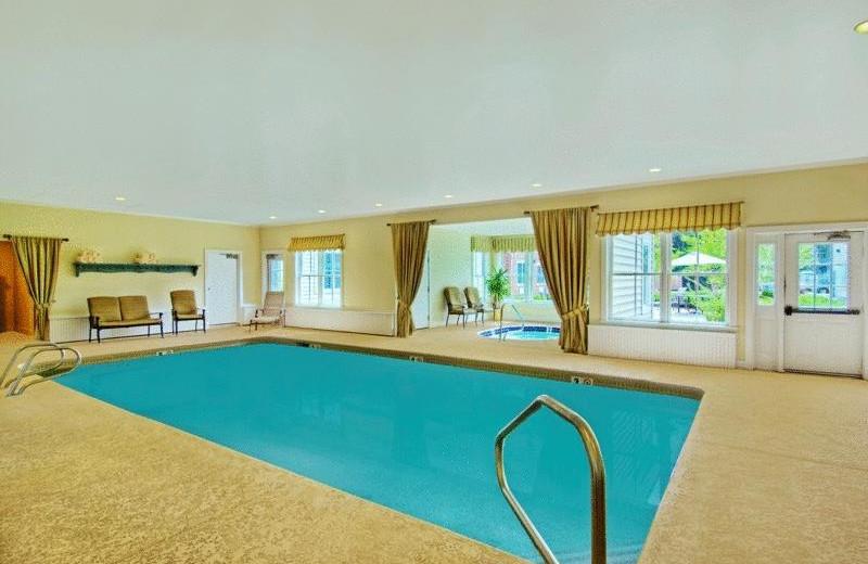 the point hotel at castle hill resort spa ludlow vt. Black Bedroom Furniture Sets. Home Design Ideas