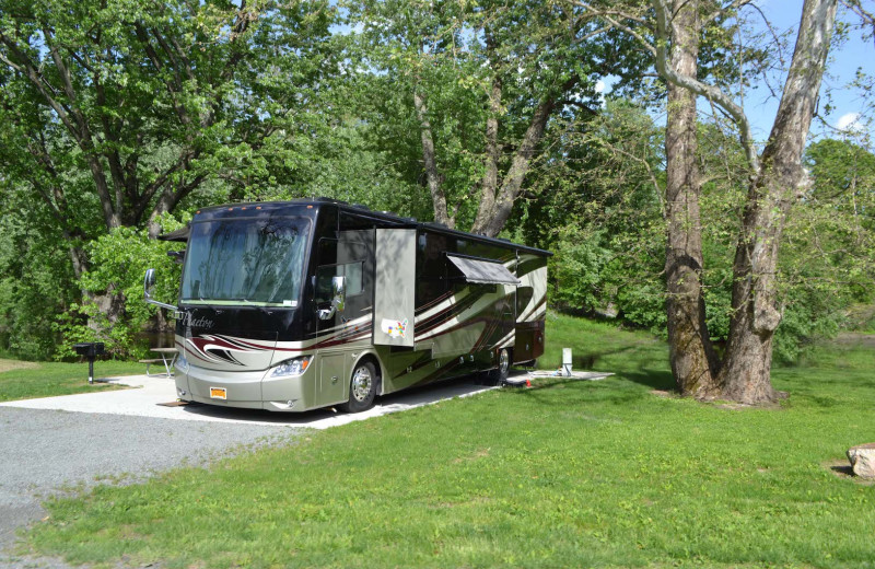 RV camping at Yogi Bear's Jellystone Park™ Camp-Resort in Gardiner, NY.