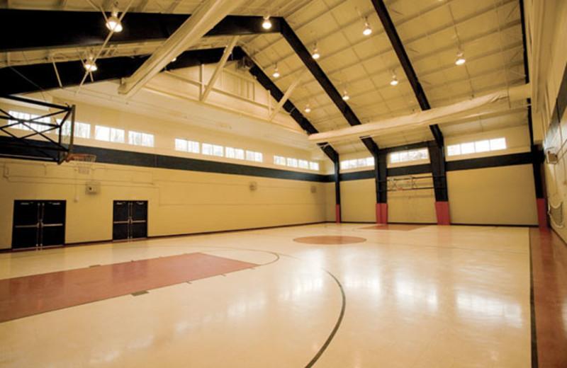 Basketball court at Wyndham Vacation Resorts Shawnee Village.