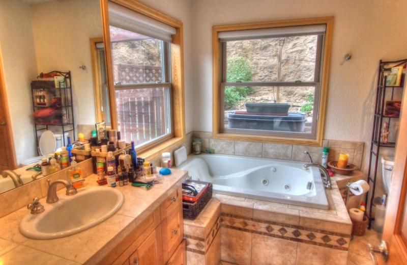 Vacation rental bathroom at SkyRun Vacation Rentals - Nederland, Colorado.