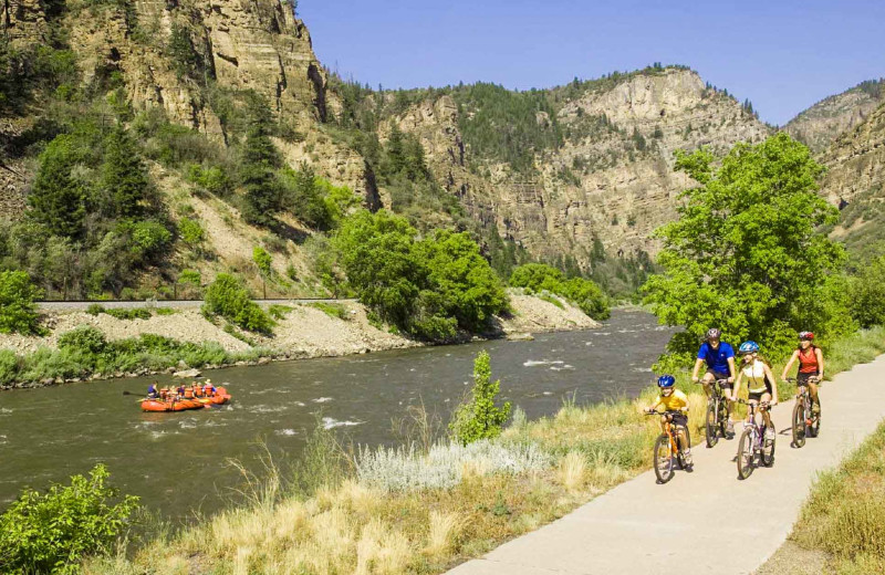 Family biking at Glenwood Canyon Resort.