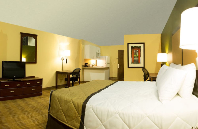 Guest room at Extended Stay Deluxe Phoenix - Scottsdale.