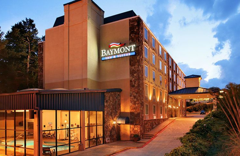 Baymont Inn & Suites Branson – On the 76 Strip