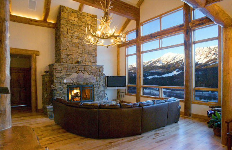Living room at Bridger Vista Lodge.