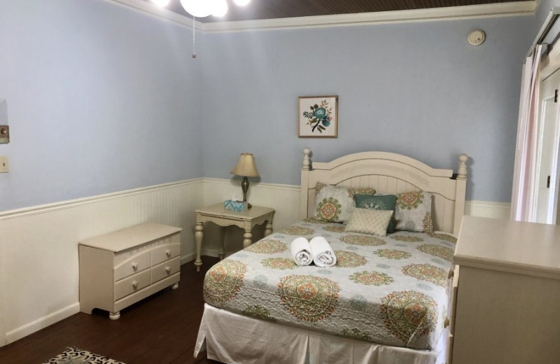 Guest room at Grand Beach Inn.