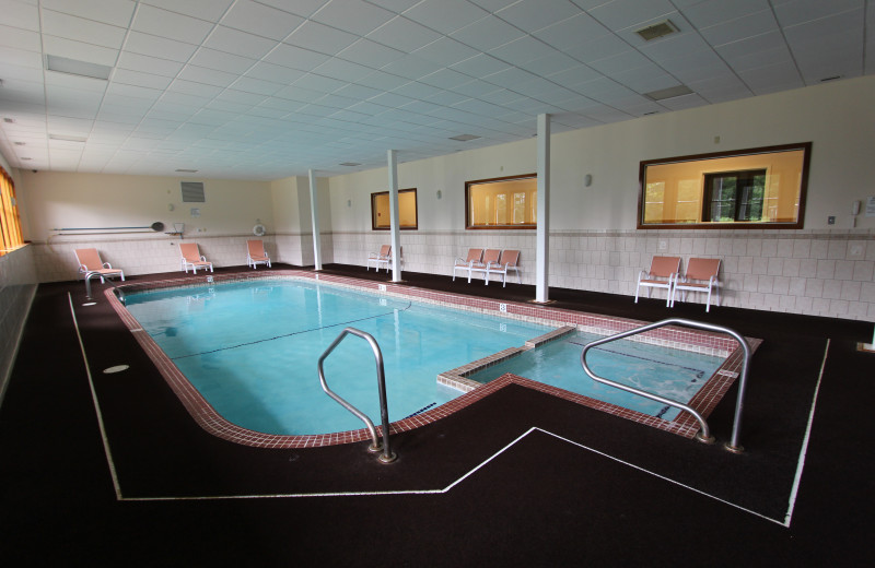 Indoor pool at The Lodge at Lincoln Station.