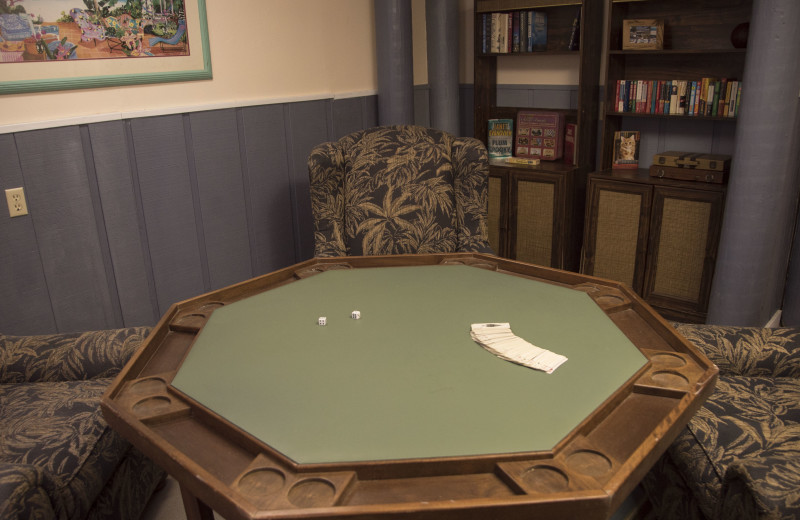 Card table at Englewood Beach & Yacht Club.
