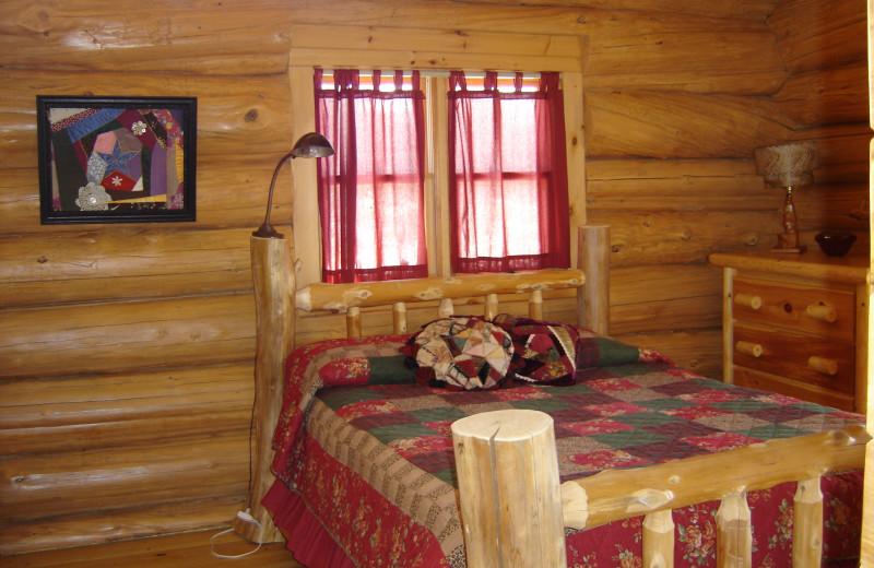 Cabin bedroom at Buckhorn on Caribou.