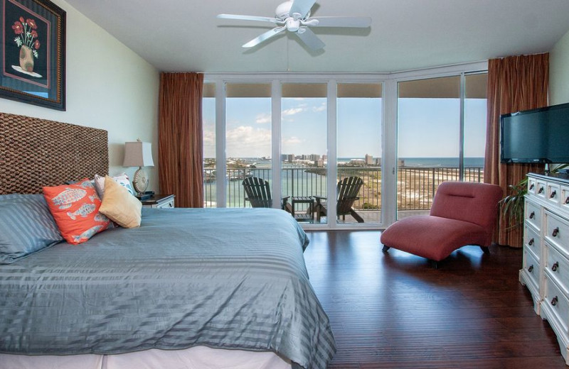 Guest bedroom at Caribe Resort.