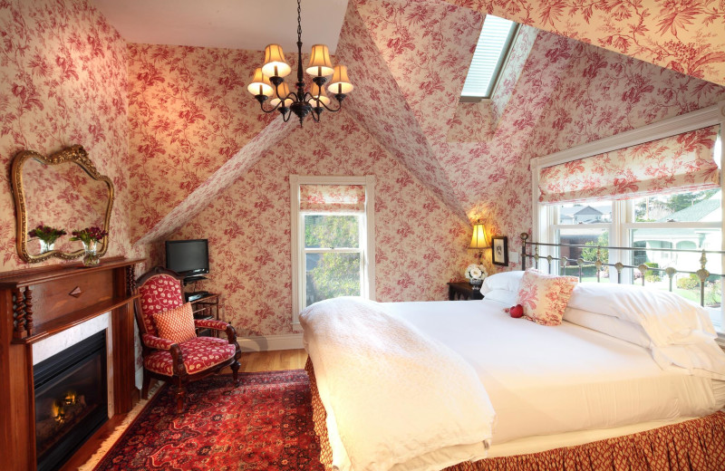 Guest room at Grape Leaf Inn.