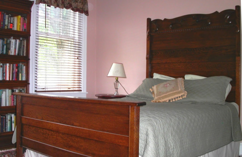 Guest room at Purcell Darrell House B & B.