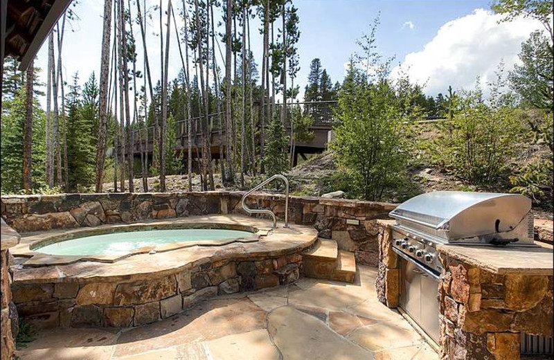 Rental hot tub at Breckenridge Rentals by Owner.