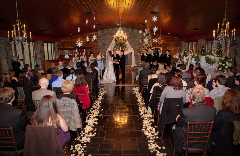 Wedding ceremony at Stroudsmoor Country Inn.