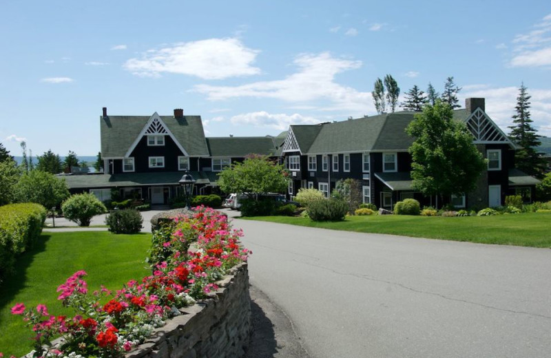 Exterior view of Inverary Resort.