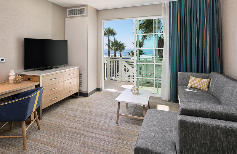 Guest suite at Inn at the Pier.