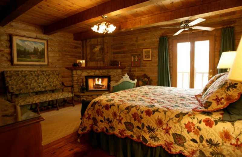 Guest room at The Lodge at Red River Ranch.