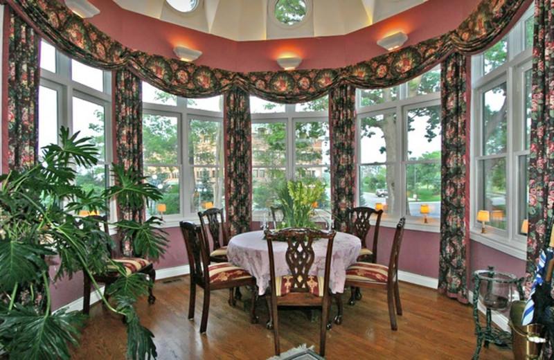 Dining room at Cobblestone Manor.