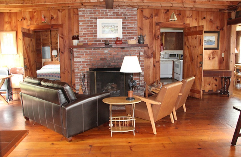 Rental living room at Harborfields Waterfront Vacation Cottages.