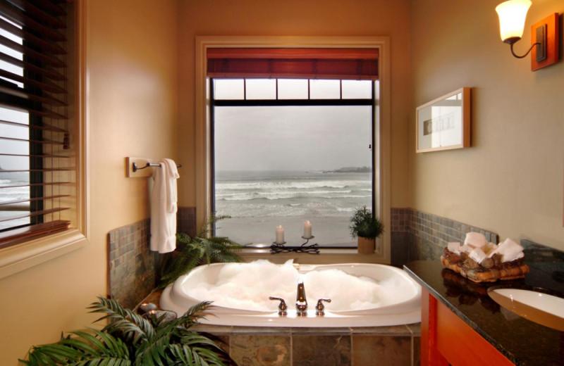 Guest hot tub at Long Beach Lodge Resort.