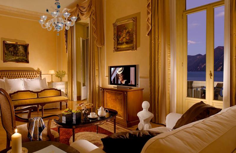 Guest room at Hotel Splendide Royal.