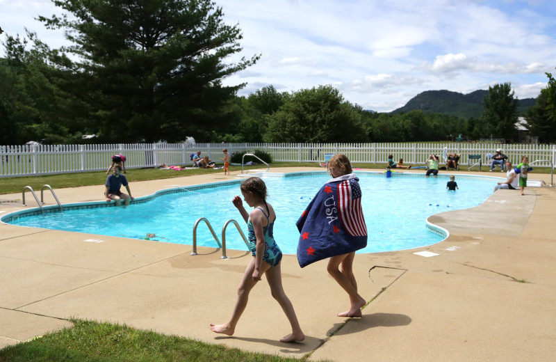 Outdoor pool at Glen Ellis Family Campground.