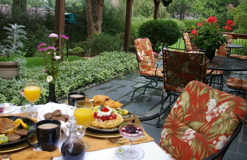 Breakfast at Brookside Mountain Mist Inn.