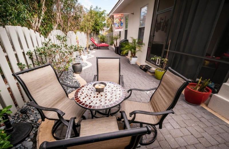 Rental patio at Destin Getaways.