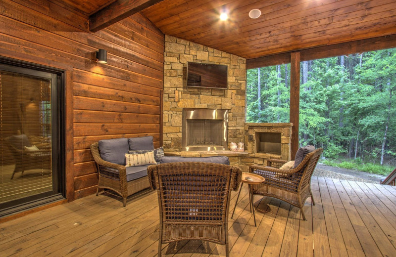 Cabin patio at White Glove Luxury Cabins.
