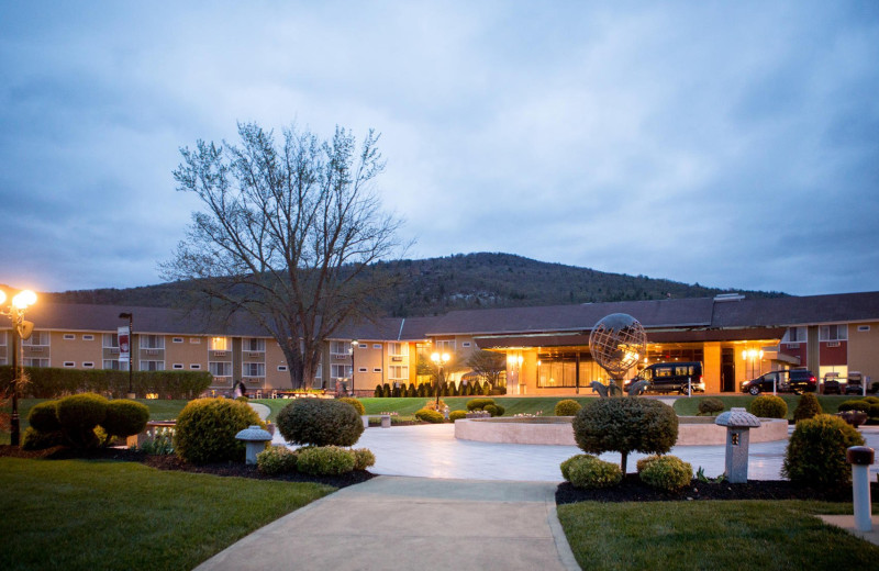 Exterior view of Honor's Haven Retreat & Conference