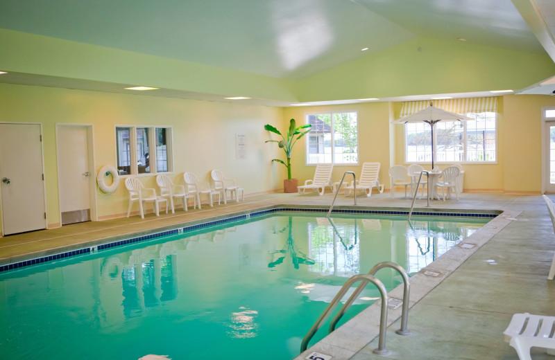 Indoor pool at Bay Pointe Inn.